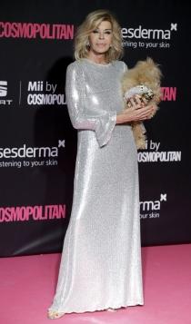Premios Cosmopolitan: Bibiana Fernández, muy bien acompañada