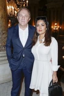 Salma Hayek, feliz y enamorada de su marido