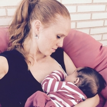 Lactancia materna: María Castro, tierna y feliz