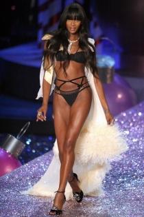 Naomi Campbell, otra modelo mítica en Victoria's Secret