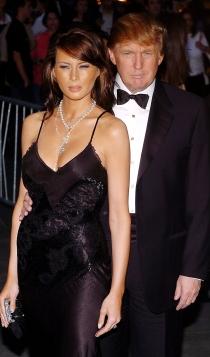 Melania y Donald Trump, contra viento y marea