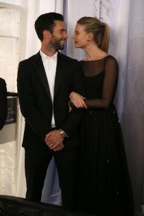 El marido de Behati Prinsloo es Adam Levine