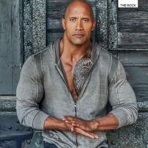 The Rock, un hombre sexy de armas tomar
