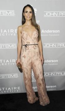 Jordana Brewster apuesta por los jumpsuit