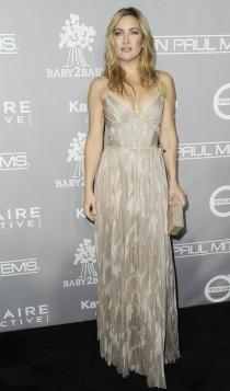 Kate Hudson, sexy y elegante