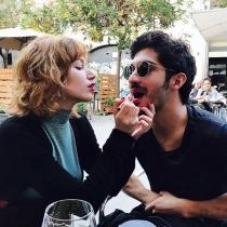 Úrsula Corberó y Chino Darín, jugando en Instagram
