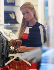 Adictas a las compras: Paris Hilton