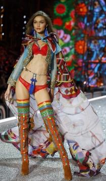 Desfile de Victoria's Secret 2016: Gigi Hadid