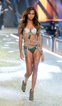Desfile de Victoria's Secret 2016: Jasmine Tookes
