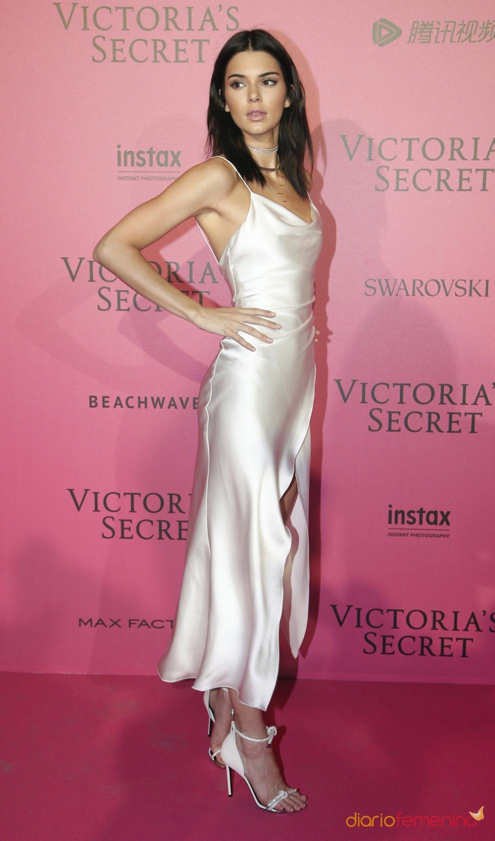 Kendall Jenner, look lencero
