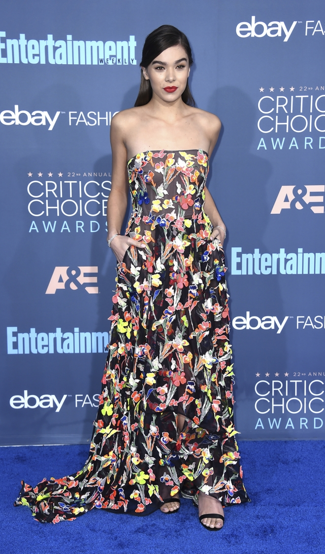 Critics' Choice Awards 2016: Hailee Steinfeld