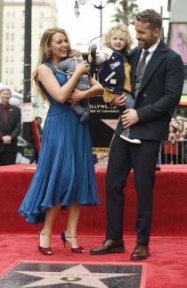 Paseo de la Fama: Ryan Reynolds y su bonita familia