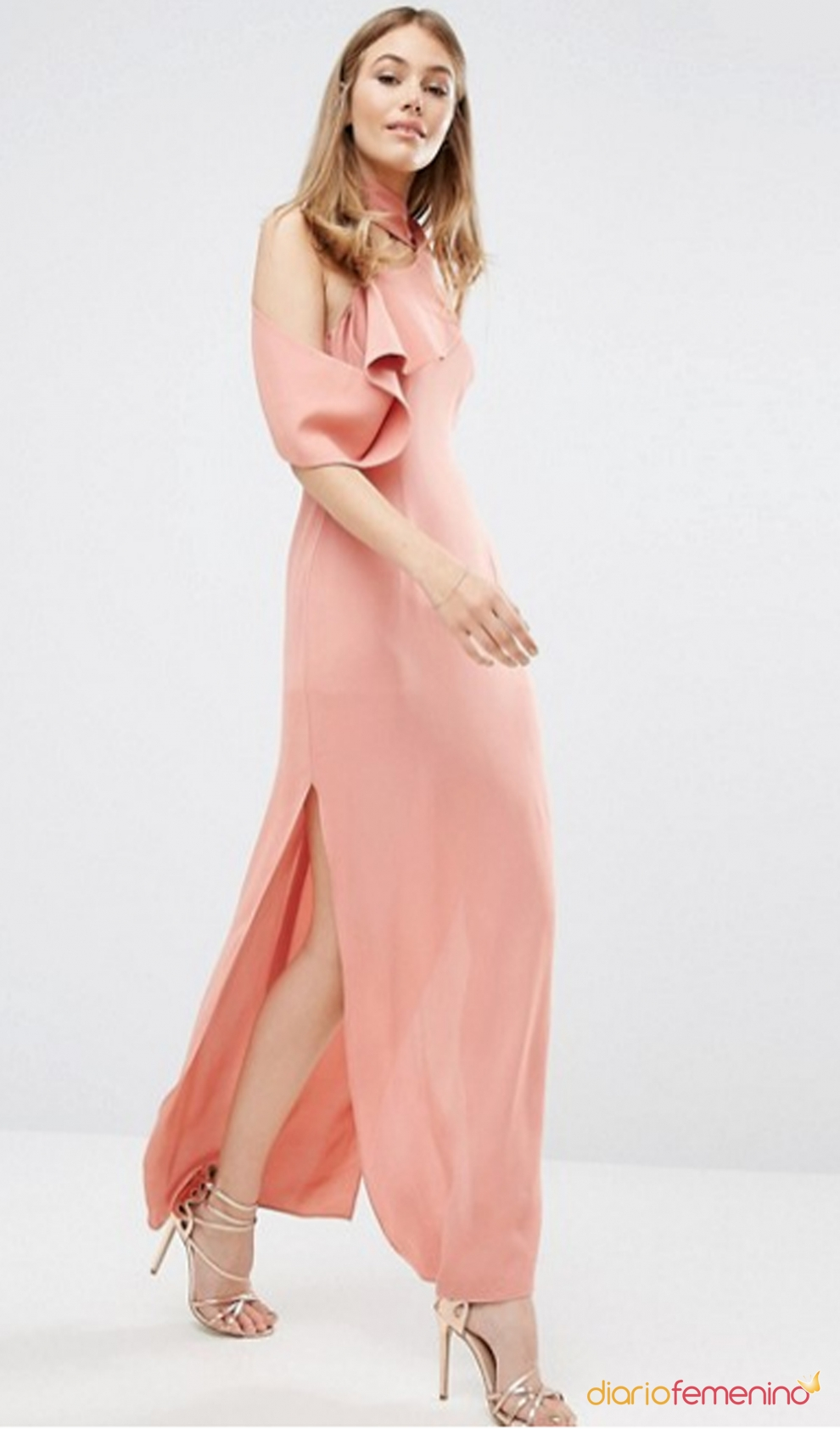 de invitada en 2017: un look rosa palo de ASOS