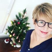 Tania Llasera y su primera Navidad como mamá