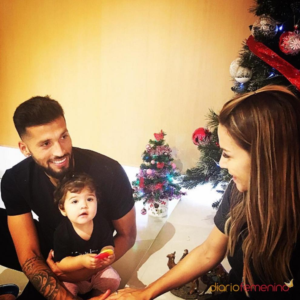 navidades más felices de Ezequiel Garay y Tamara Gorro