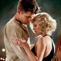 Besos en rodajes: Robert Pattinson y Reese Witherspoon