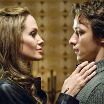 Besos en rodajes: Angelina Jolie y James McAvoy