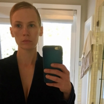 Famosas sin maquillar: January Jones, una mujer 10