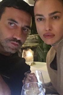 Los labios de Irina Shayk se van de cena