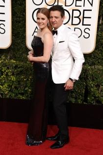 Parejas en los Globos de Oro 2017: Amy Adams y su compañero de reparto