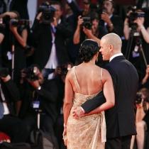 Matt Damon y Luciana Barroso, siempre de la mano