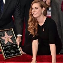 Amy Adams, con su estrella del Paseo de la Fama