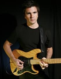 Juanes: Su instrumento favorito