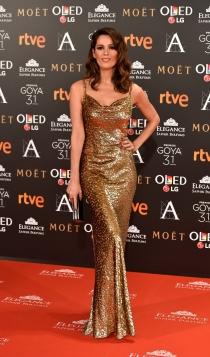 Premios Goya 2017: el vestido dorado de Mar Saura