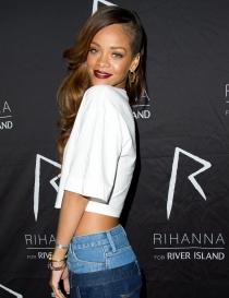 Rihanna: Su faceta más solidaria