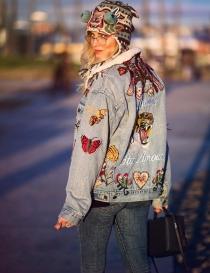 Tendencias Chiara Ferragni: Cazadora customizada