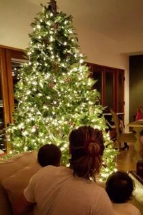 La Navidad feliz en casa de Zoe Saldana y Marco Perego
