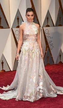 Oscars 2017: Hailee Steinfeld