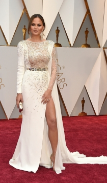 Oscars 2017: Chrissy Teigen