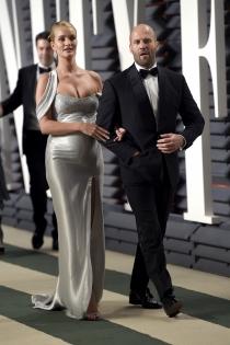 Parejas en los Oscars 2017: Rosie Huntington Whiteley y Jason Staham