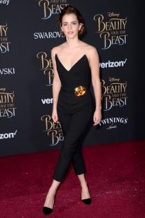 El mono más favorecedor de Emma Watson en La Bella y la Bestia