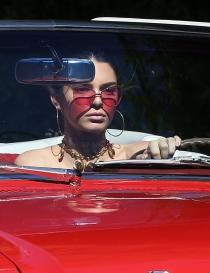 Gafas tintadas: Kendall Jenner