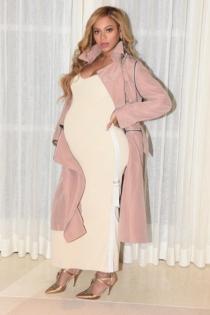 Beyoncé embarazada: un look pastel muy sensual