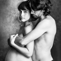 Megan Montaner, desnuda y embarazadísima