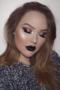 Un maquillaje 'dark' de Nikkie Tutorials