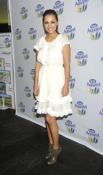 Vestidos para novias: un look blanco corto de Paula Echevarría