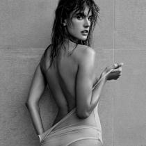 Famosas desnudas en Instagram: Alessandra Ambrosio