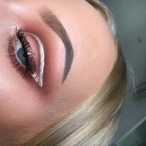 Eyeliner de fantasía: Metalizado