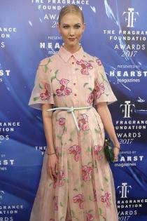 Karlie Kloss, sencilla y elegante