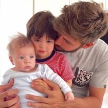 Gerard Piqué, papá de Sasha y Milan