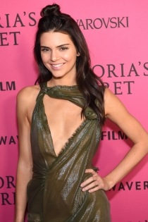 Kendall Jenner, moño melena