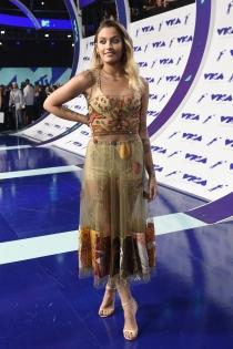 MTV VMAs 2017: París Jackson, un look difícil de llevar