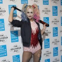 Poppy Delevingne se disfraza de Harley Quinn para Halloween