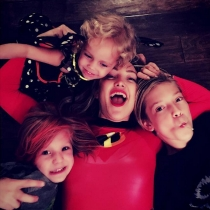 Kate Hudson celebra Halloween con toda la familia