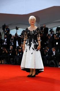 Helen Mirren, radiante en el Festival de Venecia 2017