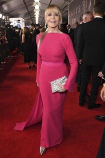 Jane Fonda, ¡espectacular de rosa!